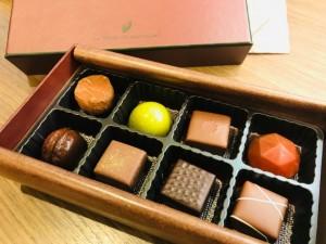ボンボン&生チョコ販売してます~!!